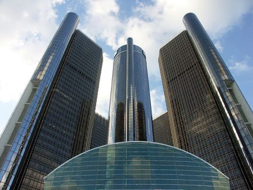 670px-detroit_renaissance-center