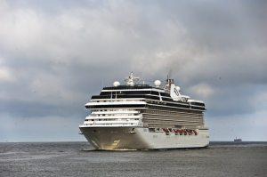 Oceana-cruise-881x586